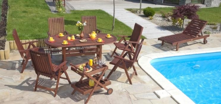 Les meubles de jardin teck